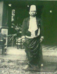 Foto Dr. Radjiman Wedyoningrat